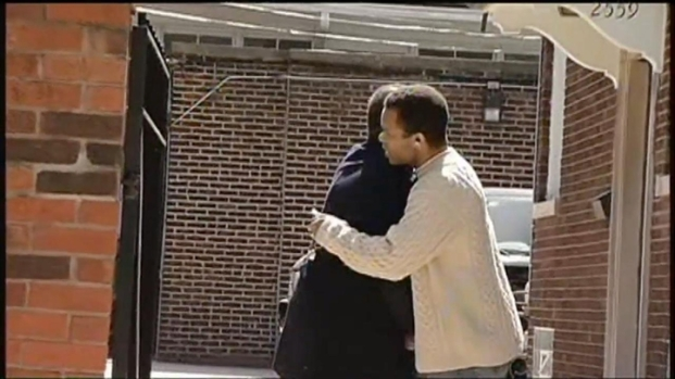 [CHI] Jesse Jackson Jr. Spotted At Chicago Home