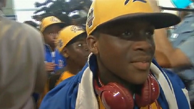 JRW Arrives at Midway to Heroes' Welcome