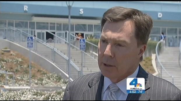 [LA] Dodger Stadium Beating Victim Bryan Stow Comes Home