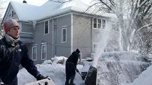 [CHI] Libertyville Among Hardest-Hit Snow Areas