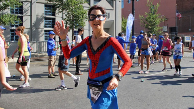 Chicago Marathon 2011: Weird and Wacky Runners