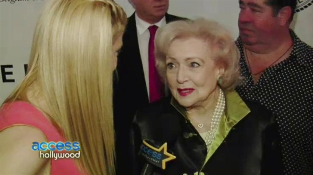 "[NBCAH] Betty White Weighs in on Her ""Raunchy"" Roast"