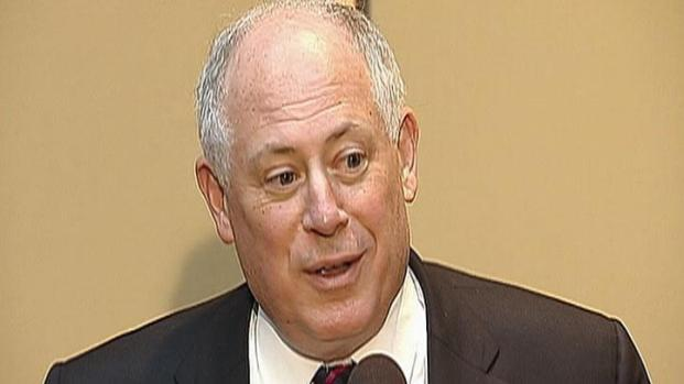 """[CHI] Quinn: Caterpillar """"the Heart and Soul of our Economy"""""""