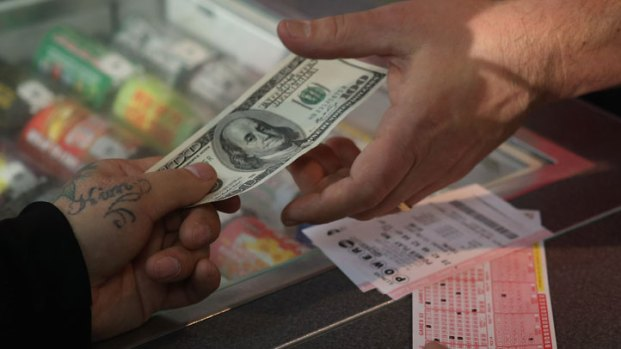 [CHI] Chicago's Powerball Fever Grows With Jackpot