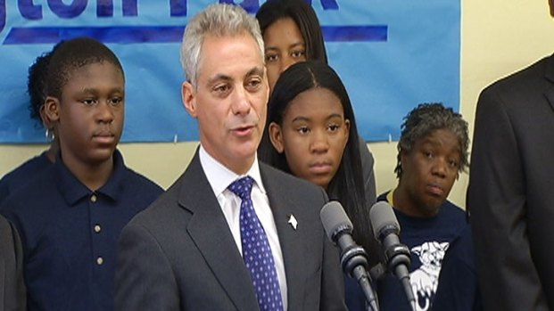 [CHI] Mayor Wants Longer Days for Charter Schools, Too