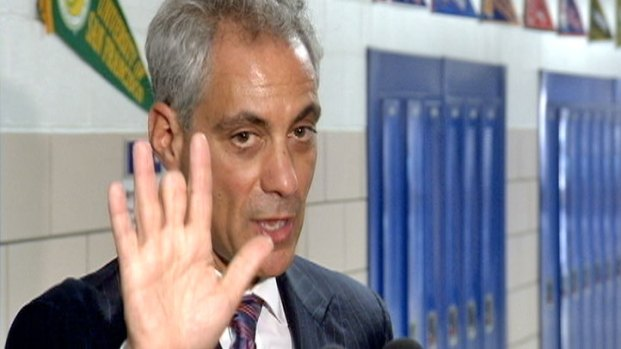 [CHI] Emanuel Walks Away, Ignores Reporter's Questions