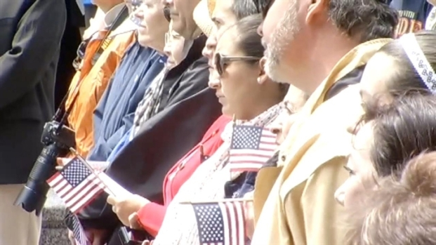 [CHI] Memorial Day Parade Honors Fallen Heroes