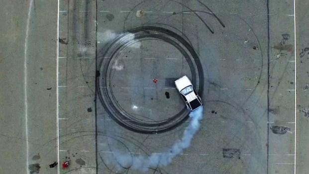 [NATL] PHOTOS: Self-Driving DeLorean Drifts Like a Champ