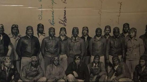 [CHI] Tuskegee Airmen Getting Help From Community