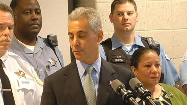 [CHI] Mayor Announces Crime Reduction Stats, New Officers