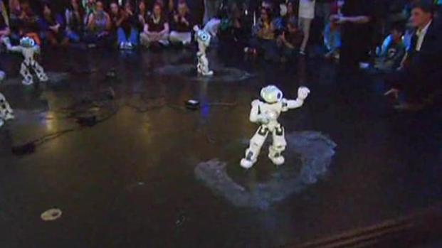[CHI] NAO Robots Dance at Museum of Science and Industry