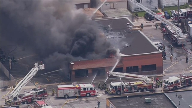 [CHI] RAW: Fire Rips Through Stone Park Store