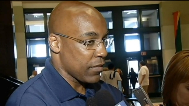 [CHI] Sen. Kwame Raoul Reacts to Jackson Sentence