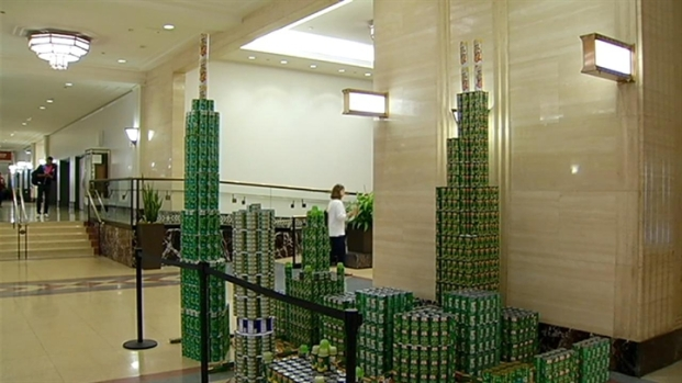 [CHI] Canned Food Sculptures For a Good Cause