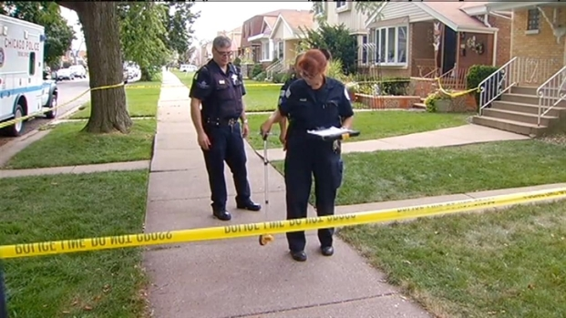 [CHI] Off-Duty Officer Shoots Teen Intruder