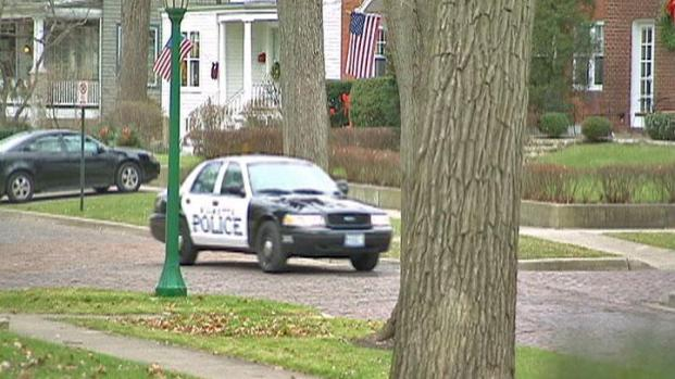 [CHI] Rash of Burglaries Puts Wilmette on Edge