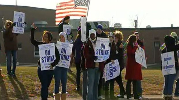 [CHI] Zion-Benton Teachers Strike