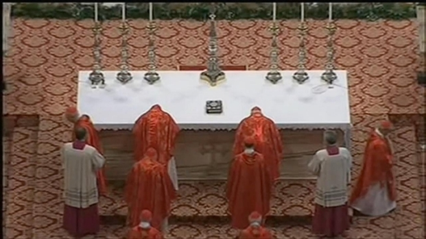 [CHI] Conclave To Elect New Pope Begins