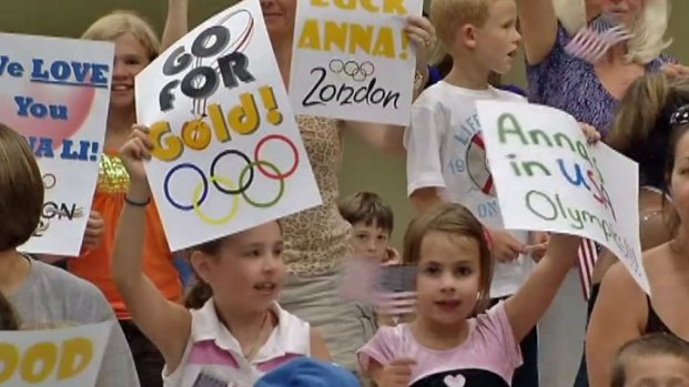 [CHI] Aurora Holds Olympic Sendoff for Anna Li