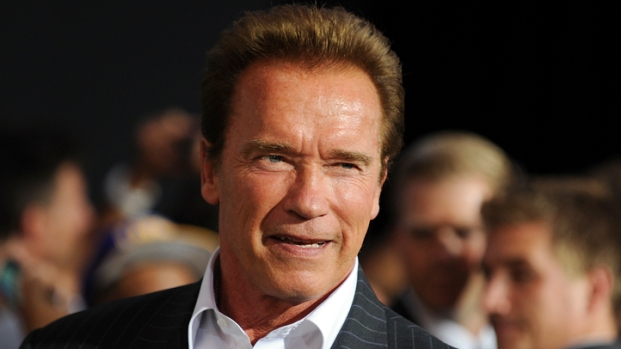 "[NBCAH] Arnold Schwarzenegger Competes with ""The Expendables 2"" Co-Stars for Best Body"