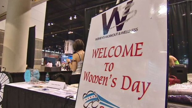 [CHI] 2012 Archive: Auto Show Holds Day Geared for Women