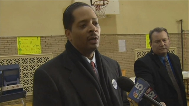 [CHI] Anthony Beale Casts Ballot in 2nd District Election