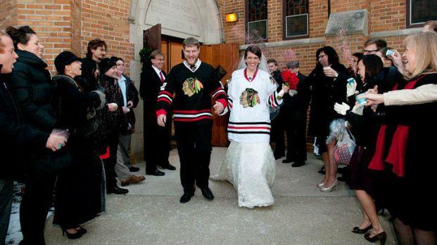 Hawks Pride: Blackhawks-Themed Weddings