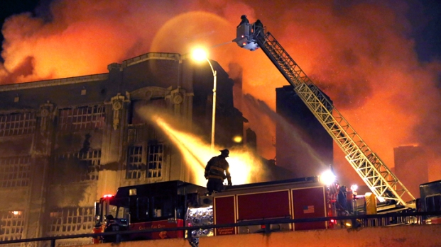 "[CHI] Warehouse Fire ""Looked Like Hell On The Next Block"""