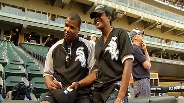 [CHI] Sox Honor Chicago Officers for NATO Work