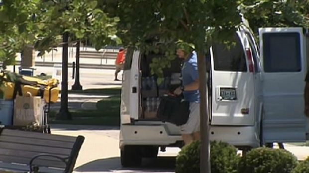 [CHI] Cutler Shows Up to Camp in Conversion Van