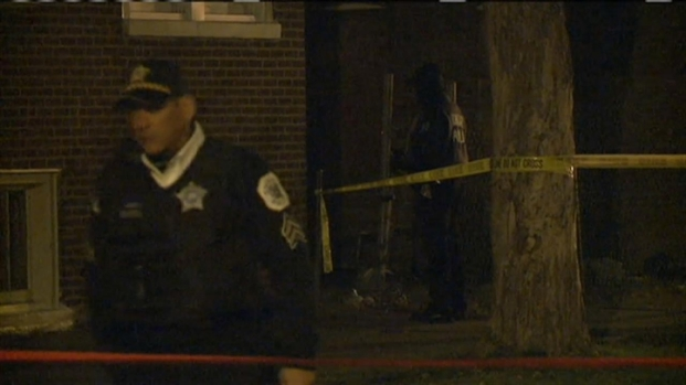 [CHI] Raw Video: Chicago Police Investigate Fatal Shooting of Girl, 15