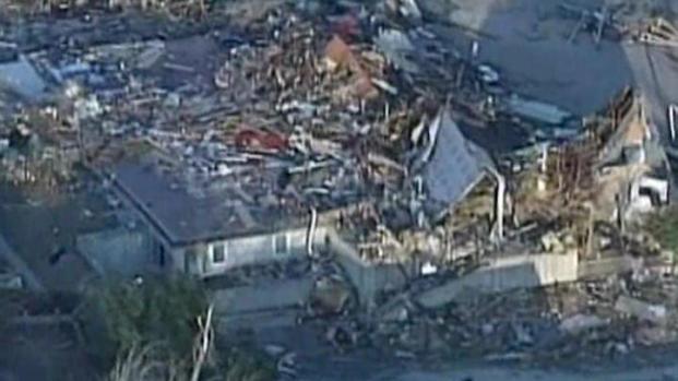 [CHI] Tornado Cleanup Begins in Harrisburg