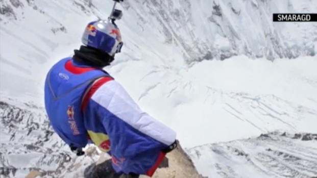 [AP] RAW VIDEO: Record-Breaking Jump From Mt. Everest