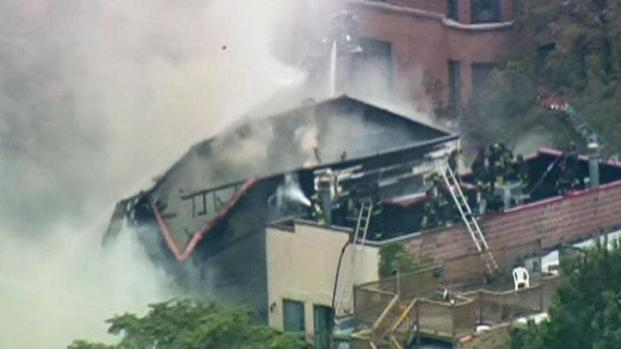 [CHI] Three-Story Building Collapses During Fire