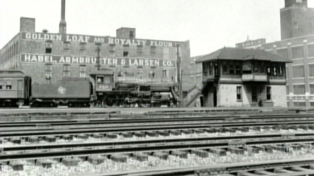 [CHI] Metra Switching Tower, Technology Dates Back to Early Parts of 1900s