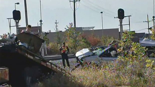 [CHI] Cell Phone Video Shows Attempted Rescue After Train, Car Crash