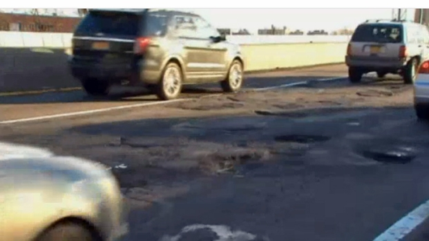 [CHI] City Launches Pothole Tracker App