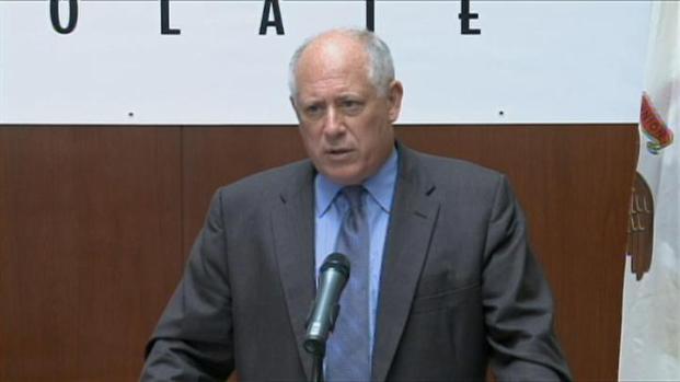 [CHI] Quinn Says Cutting Raises Not His Fault