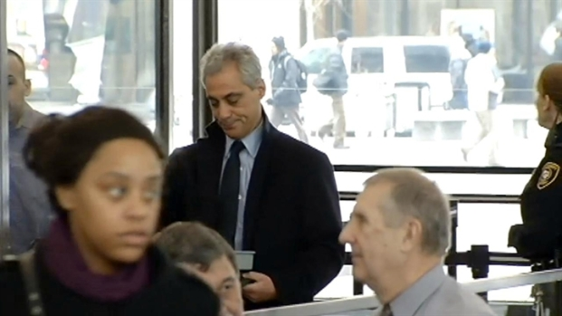 [CHI] Rahm Emanuel Reports For Jury Duty