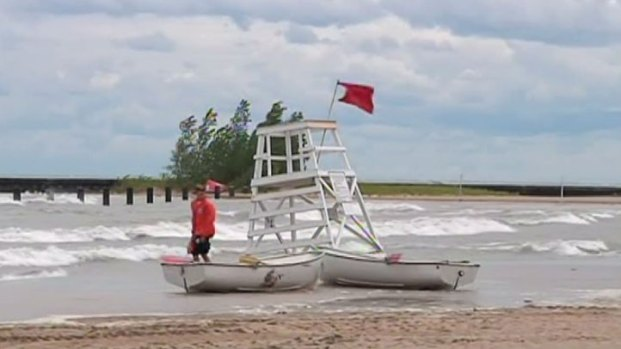 [CHI] Swimmers Urged to Stay Ashore This Weekend
