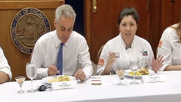 [CHI] Student Chefs Serve Up Lunch for Mayor