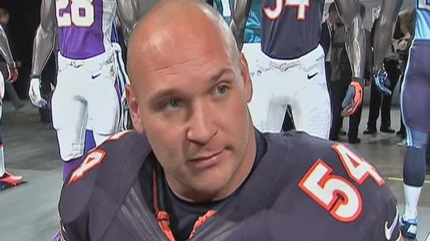 [CHI] Urlacher on New Uniforms, How Long He'd Like to Play