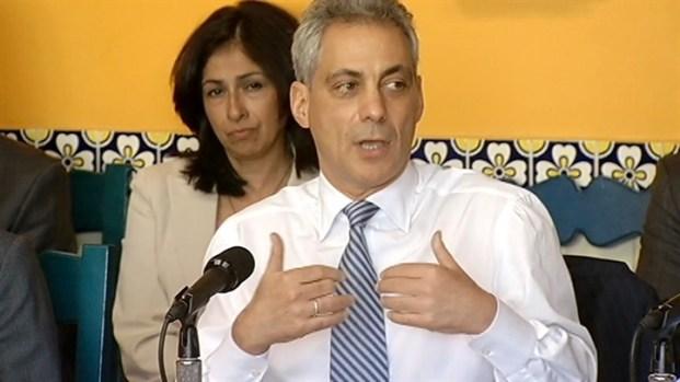 [CHI] Emanuel Criticizes Romney, Praises Obama