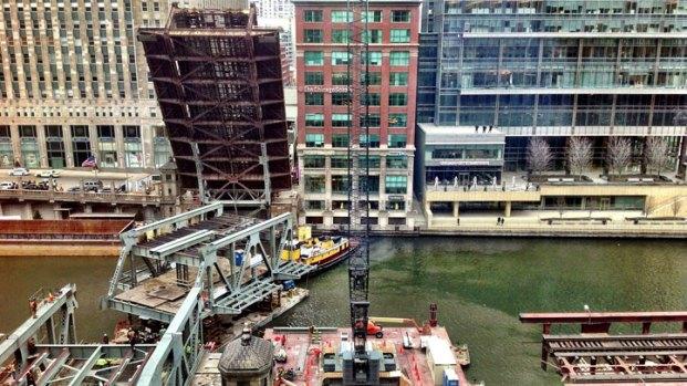 [CHI] Wells Street Bridge Reopens