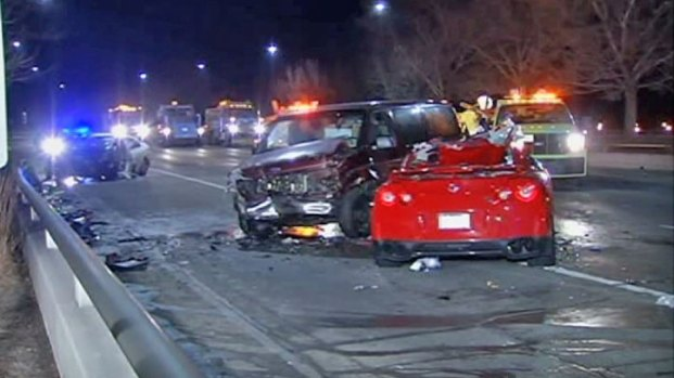 [CHI] 3 Hurt in Lake Shore Drive Wrong-Way Crash