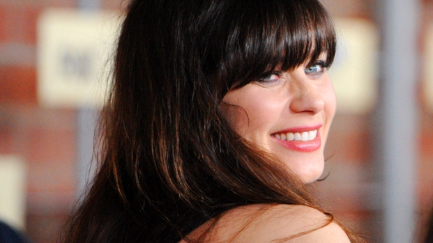 """[NATL] Zooey Deschanel Reacts To Her 2013 Golden Globe Nomination For """"New Girl"""""""