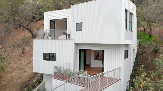 The Stack House Is a Luxury Home Built into the L.A. Hillside | Open House TV