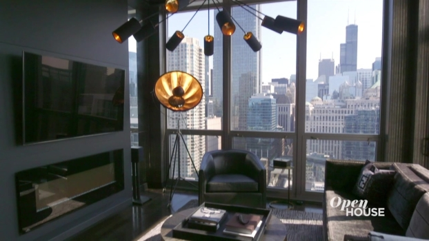 An Audacious Apartment in Chicago's River North