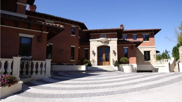 A Bel-Air Mansion Inspired by European Villas