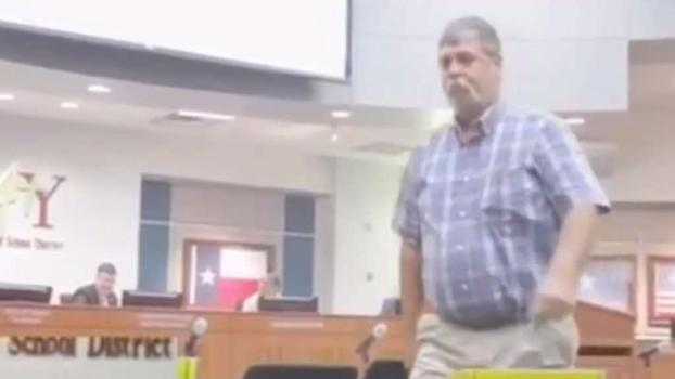 Texas Man Confronts Alleged Childhood Bully at School Board Meeting